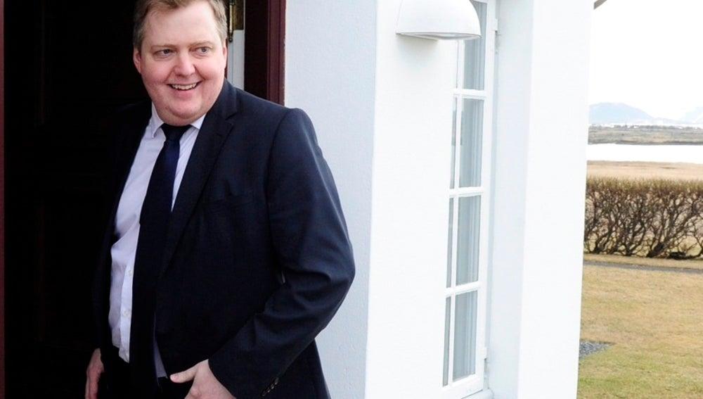 Sigmundur David Gunnlaugsson dimite como primer ministro de Islandia