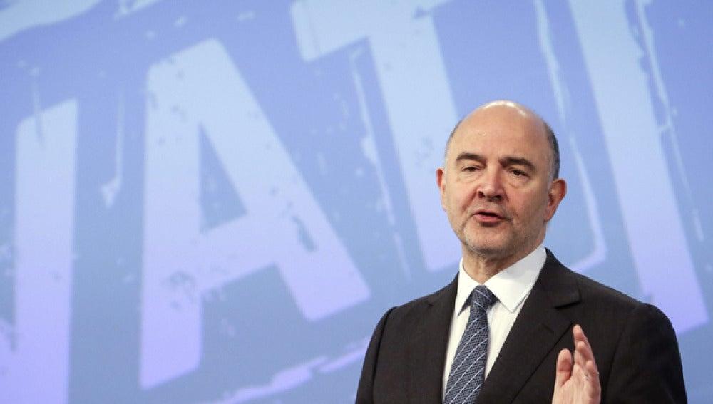 Pierre Moscovici, durante la rueda de prensa