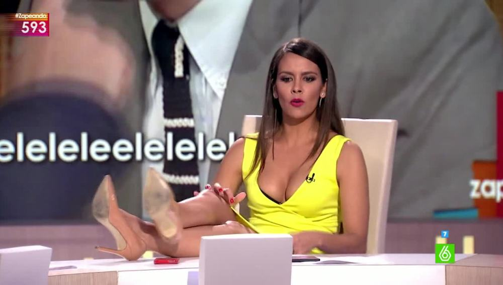 Cristina Pedroche se acomoda en la silla de Frank Blanco