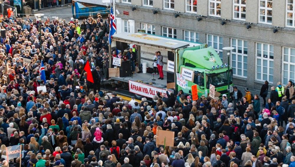 Protestas en Islandia por los papeles de Panamá