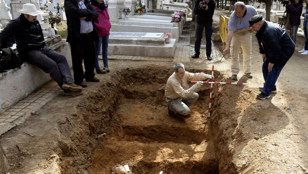 Intervención arqueológica en el cementerio de Valladolid