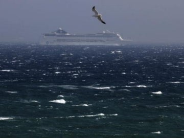 Temporal de viento en el estrecho de Gibraltar