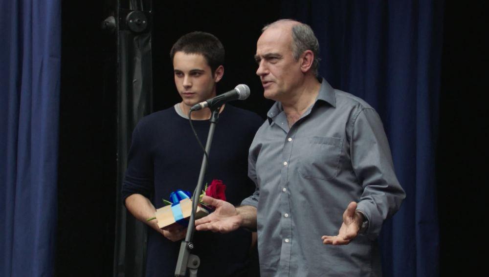 Merlí confiesa haber hecho trampas en el certamen literario