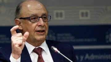 Cristóbal Montoro, ministro de Hacienda y Administraciones Públicas