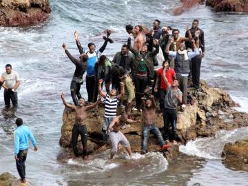 Unos 90 subsaharianos han conseguido entrar ilegalmente en Ceuta