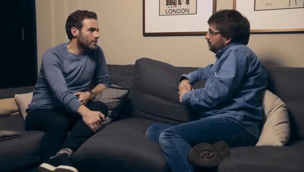 Jordi Évole entrevista al futbolista del Manchester United, Juan Mata