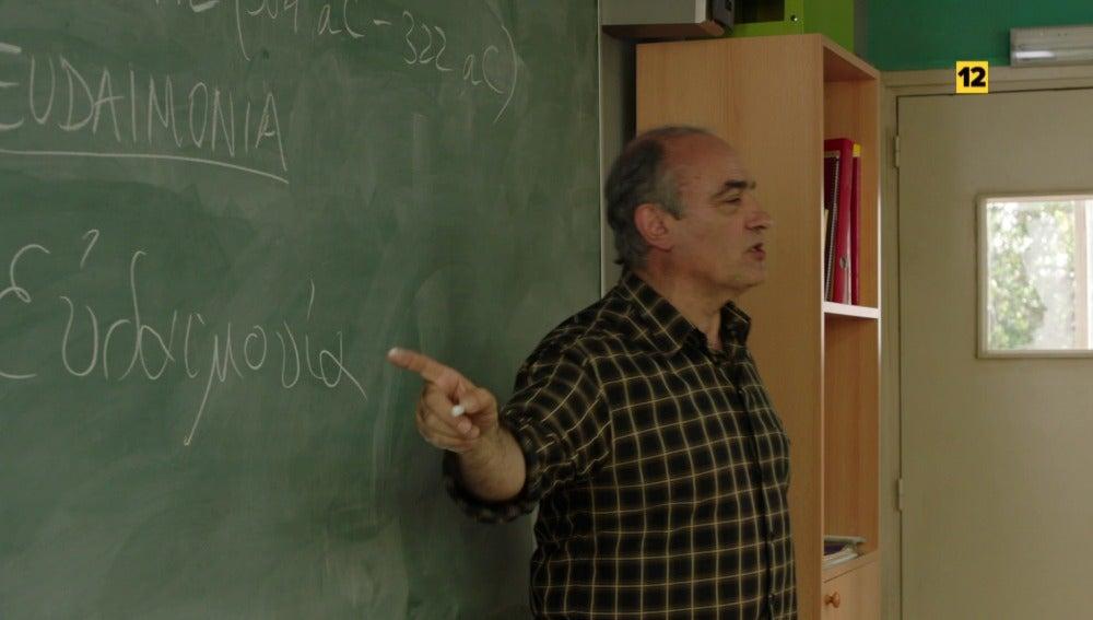 Merlí enseñando filosofía
