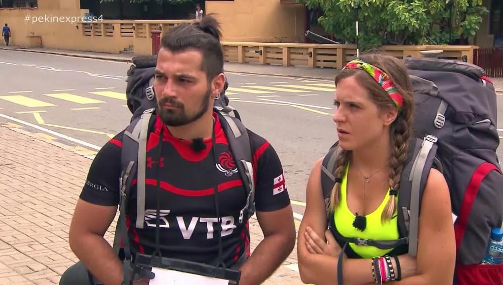 Marta y Giorgi obtienen uno de los sobres negros