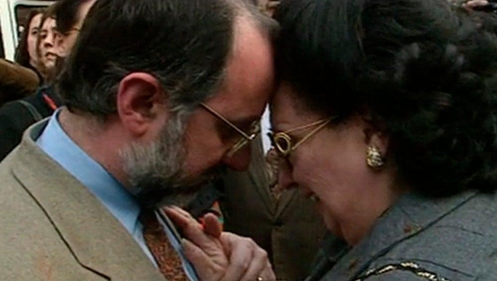 Montserrat Caballé se lamenta tras el incendio del Teatro del Liceo