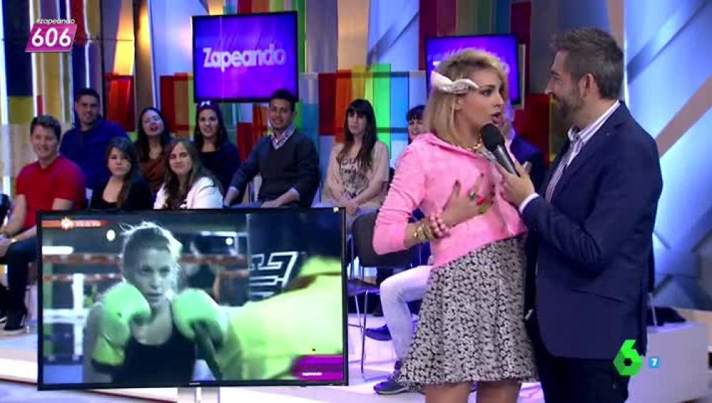 """Tatianna Simon se toca """"las peras"""""""