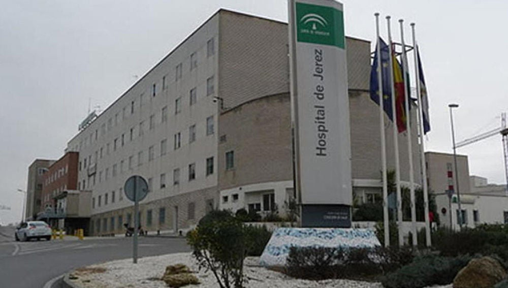 Fachada del Hospital de Jerez