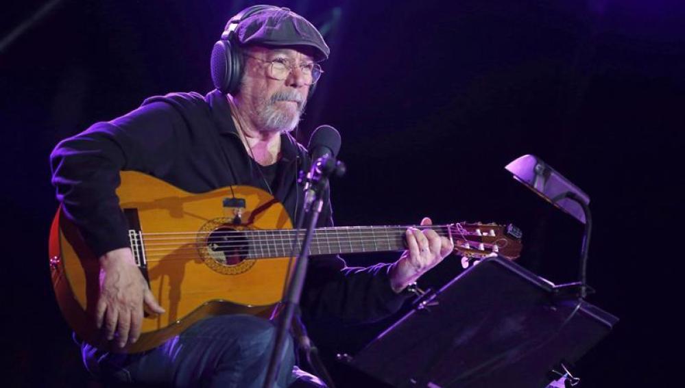 El cantante cubano Silvio Rodríguez durante el concierto gratuito en Vallecas