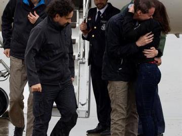 Liberados tres periodistas españoles