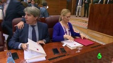Frame 23.659874 de: Tenso pleno en la Asamblea de Madrid con los diputados del PP señalados por Marjaliza