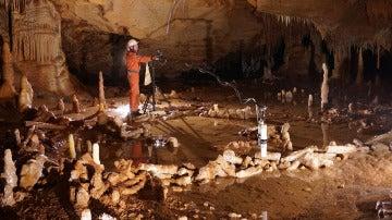 Cueva en Francia