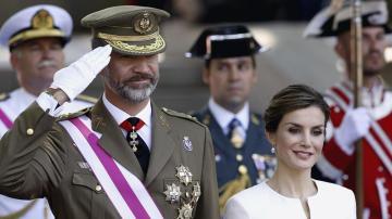 Los reyes el Día de las Fuerzas Armadas en 2015