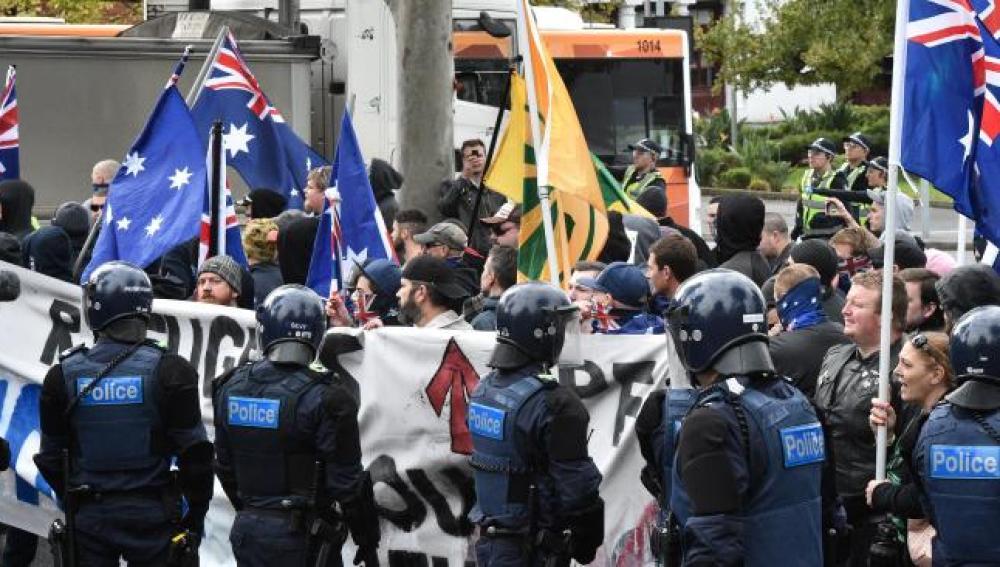 Violentos enfrentamientos en Australia entre la extraderecha y la extrema izquierda