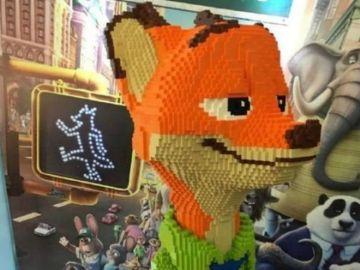 Estatua de Lego de Nick Wilde