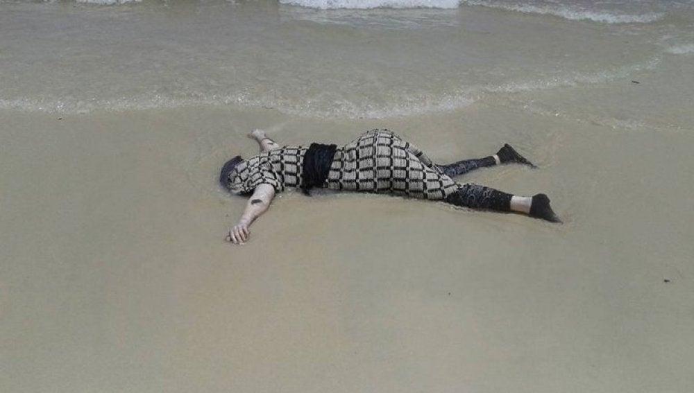 Un migrante muerto en las costas de Libia