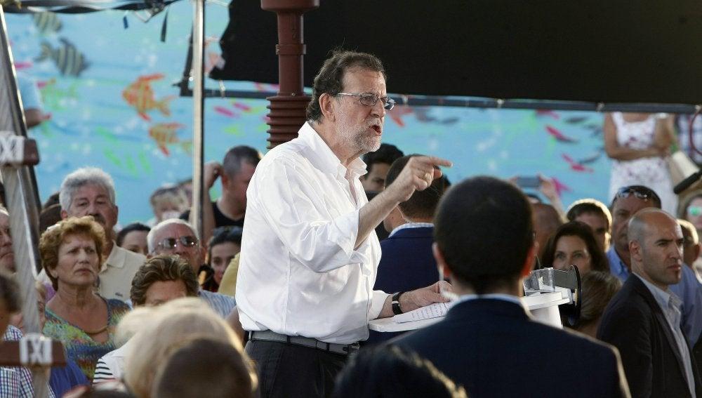 Mariano Rajoy durante un mitin en Torrevieja.