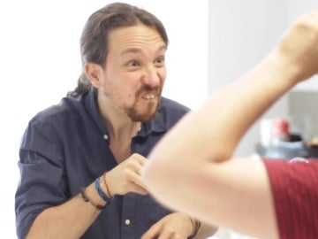 Pablo Iglesias, con Rush Smith