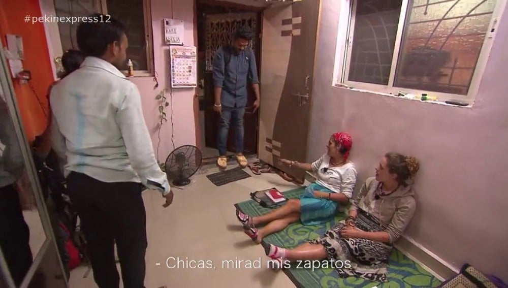 """Frame 75.349635 de:  Sonia: """"Que caigamos en las casa del tío más fan de España no es muy normal, es como buscar una aguja en un pajar"""""""