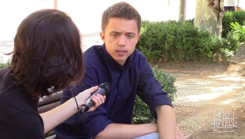 Íñigo Errejón, número dos de Podemos, durante la entrevista con Fortfast
