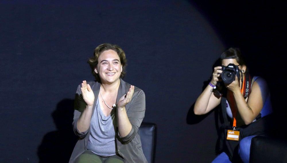 Ada Colau durante un acto de Podemos