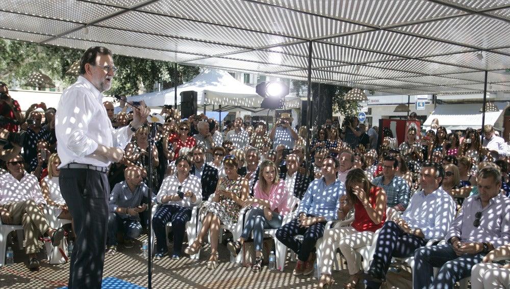 Mariano Rajoy en un acto electoral