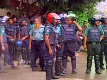 Ataque terrorista a un restaurante en Bangladesh