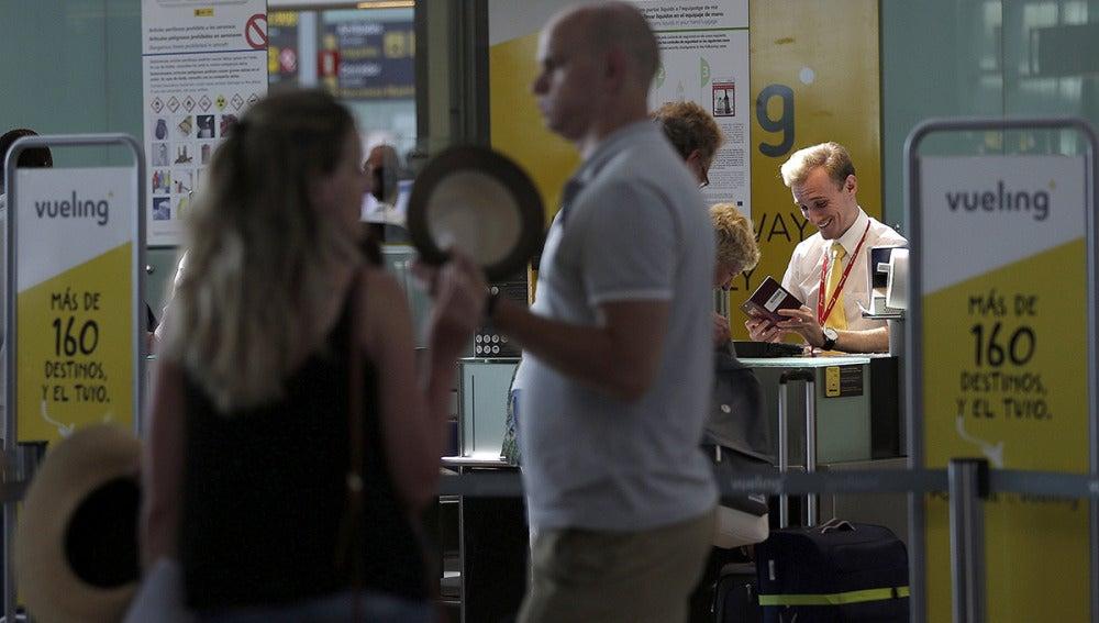 Afectados por los retrasos y cancelaciones de Vueling
