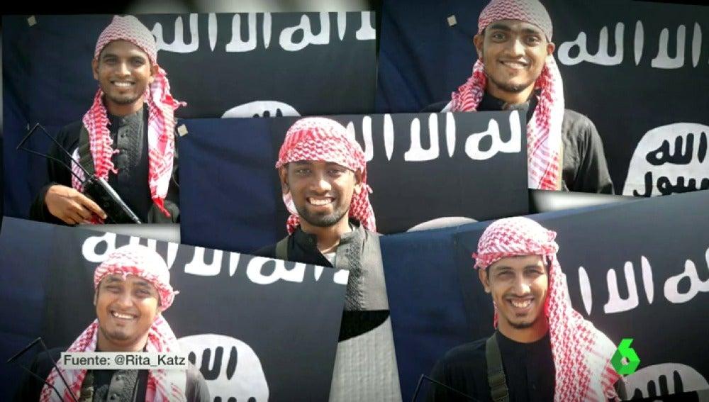 Frame 5.731307 de: Los responsables de la masacre en Bangladesh posaron sonrientes con símbolos de Daesh antes del ataque