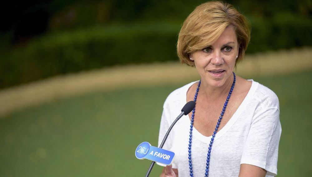 """Cospedal: """"Confiamos en que la responsabilidad impere, así que esperaremos la respuesta del PSOE"""""""