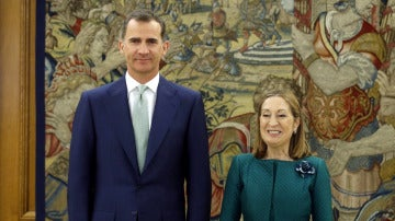El Rey y Ana Pastor