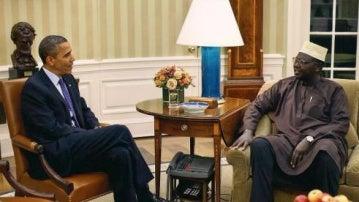 Barack y Malik Obama en el despacho oval