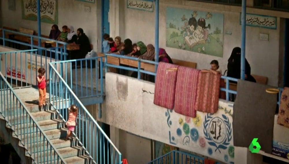 Frame 169.365832 de: Encerradas y usadas como moneda de cambio, así es la vida de las mujeres bajo el yugo machista en Gaza
