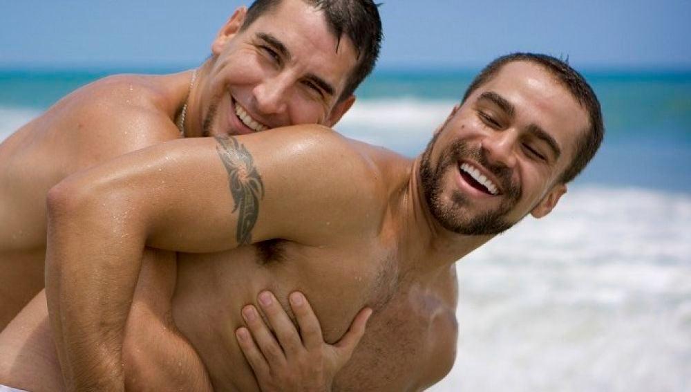 AMIGOS HETEROSS JUEGOS GAYS