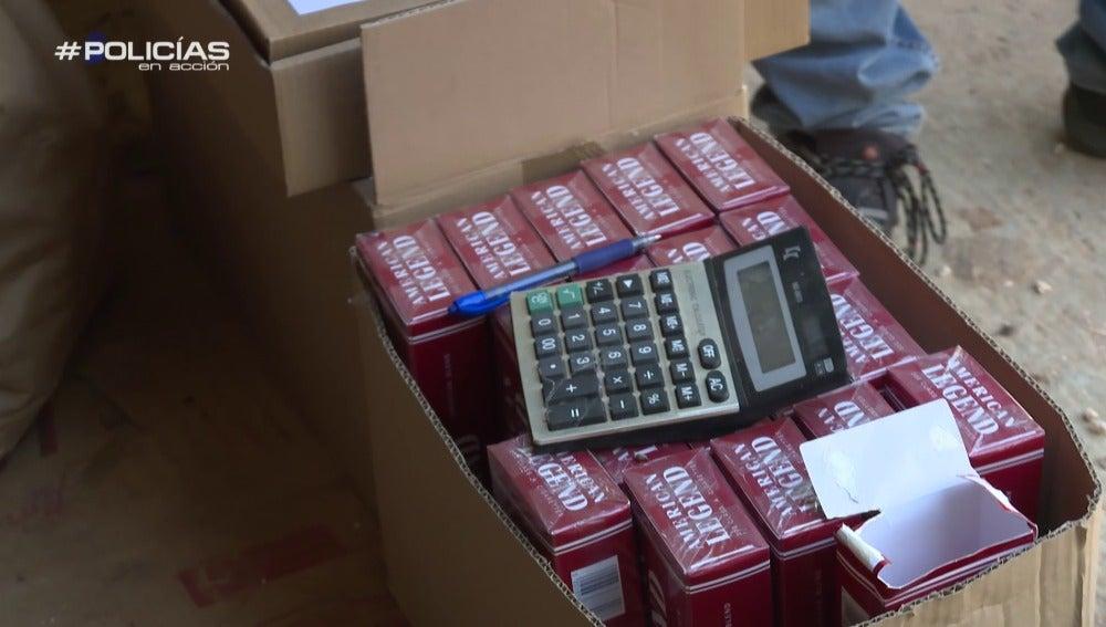 Tabaco y calculadora