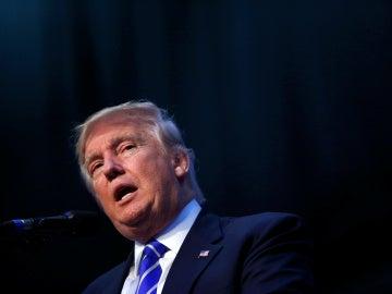 El candidato republicano para gobernar EEUU, Donald Trump, en un mitin en Florida