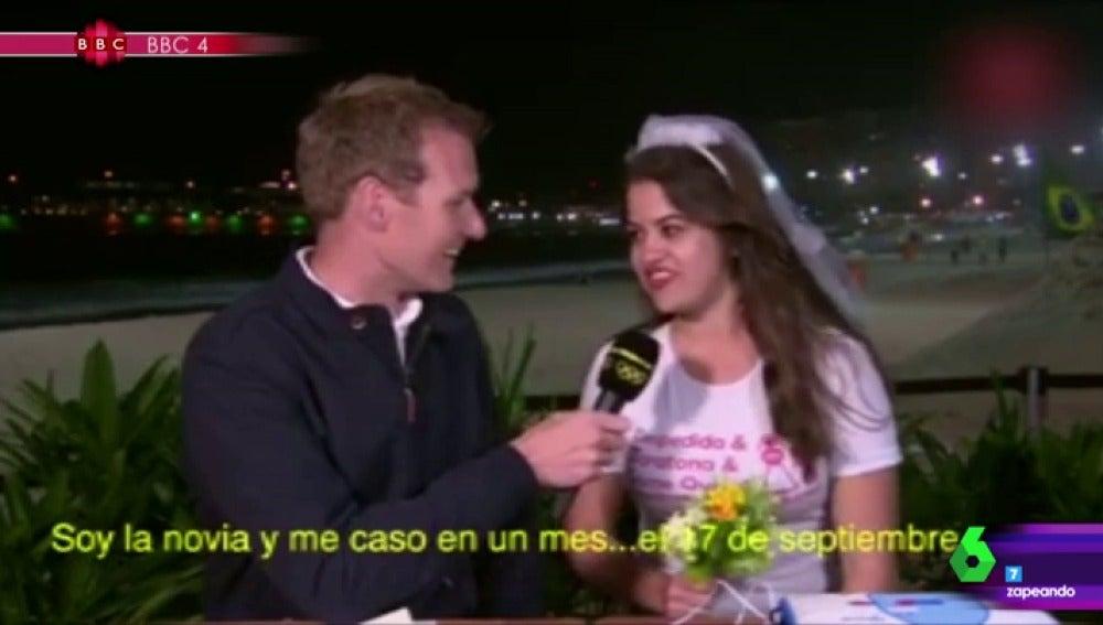 Frame 49.294914 de: Una despedida de soltera se cuela en pleno directo de la BBC desde los JJOO de Río