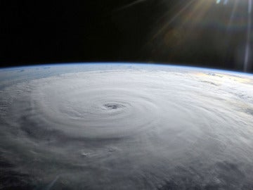 Vista del Huracán Danielle desde la ISS.
