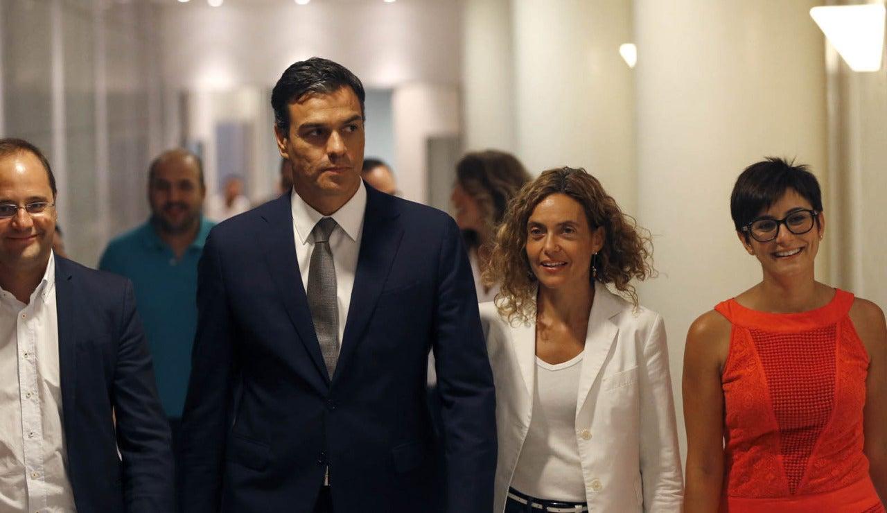 Sánchez en los pasillos del Congreso
