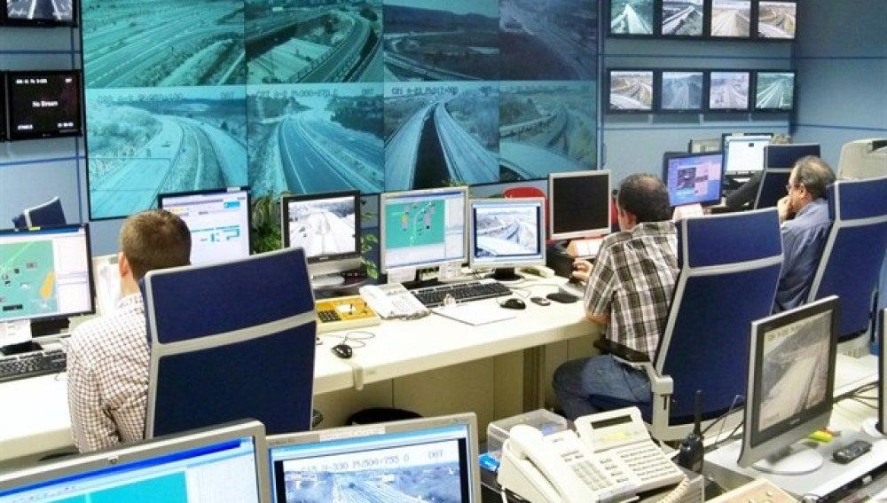 Trabajadores en la Dirección General de Tráfico