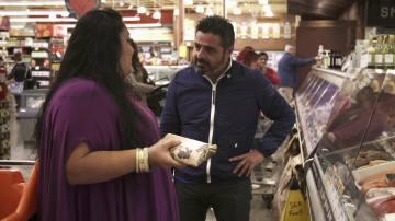 Jalis de la Serna en uno de los supermercados