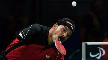 Ibrahim Hamadtou, el egipcio que juega al tenis de mesa con la boca