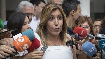"""Susana Díaz dice que le causa """"vergüenza ajena"""" que Rajoy quiera elecciones"""