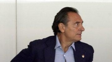 Prandelli, en el palco de Mestalla