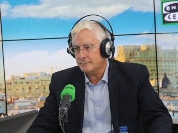 El diputado socialista y expresidente manchego, José María Barreda, en los estudios de Onda Cero