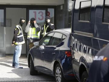 Agentes de la Policía Nacional en una operación contra el terrorismo yihadista