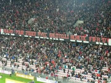 La afición del Niza, con Balotelli